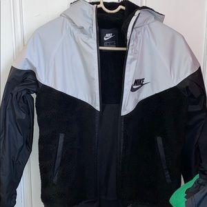 Nike boys fleece lined sweatshirt